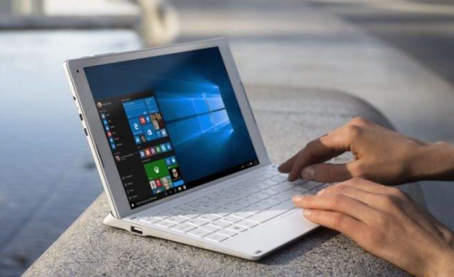 Windows 10 crosses 900 million device barrier