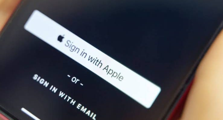 Easy steps to sign in quickly with Apple