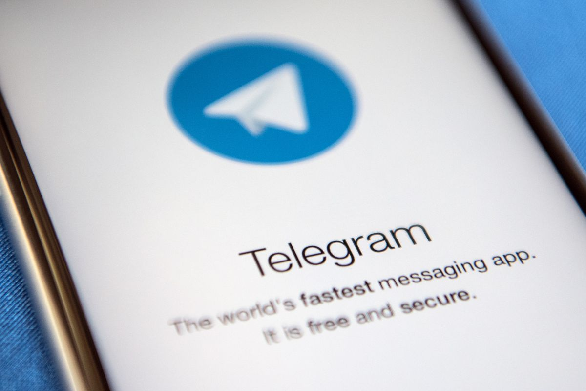 Apple sued for not removing Telegram from App Store over hate and violent content